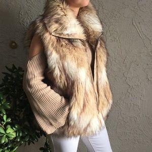 Pamela McCoy Faux Fur Vest